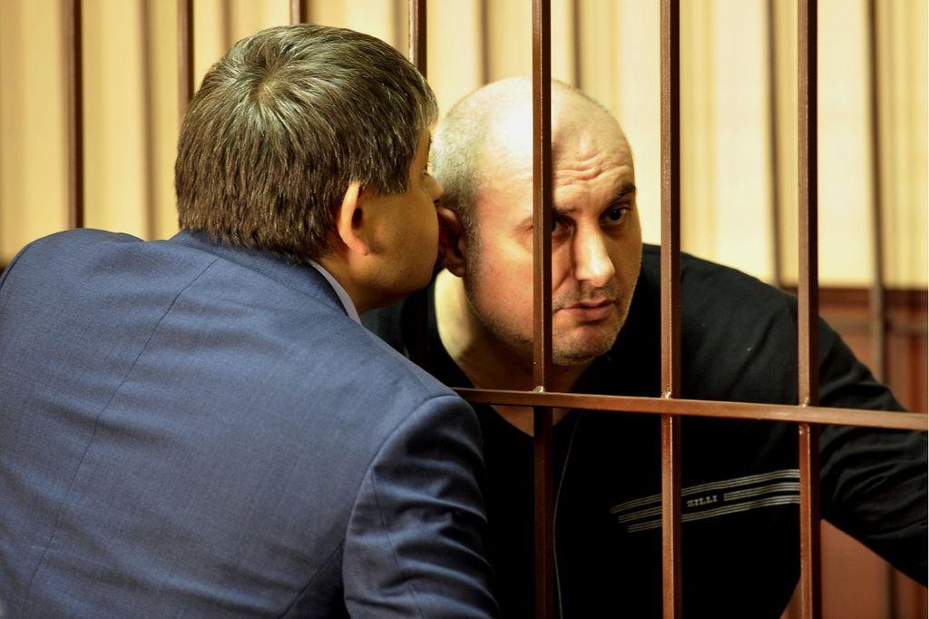 Экс-мэр Махачкалы Муса Мусаев не смог произнести последнее слово из-за неявки на процесс адвоката