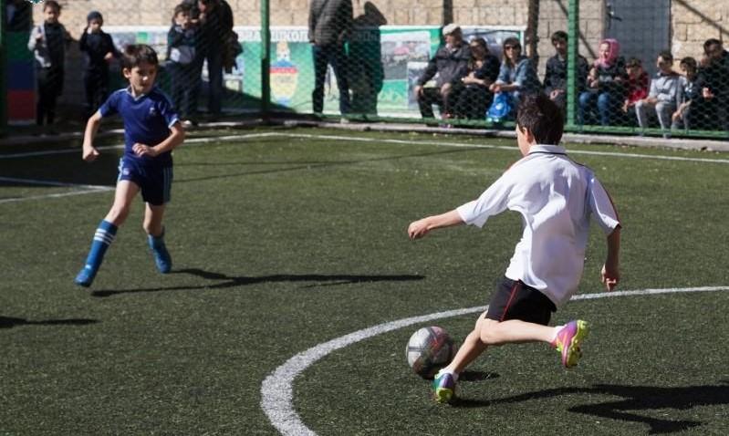 Турнир памяти братьев Нурбагандовых собрал 16 футбольных команд