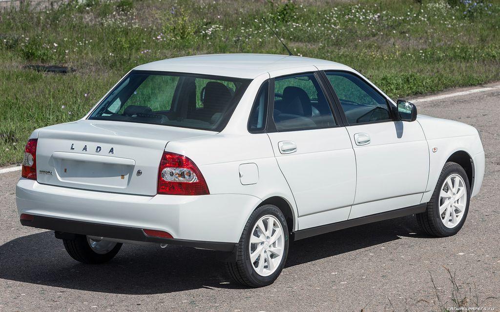 Стал известен список самых популярных подержанных автомобилей в России