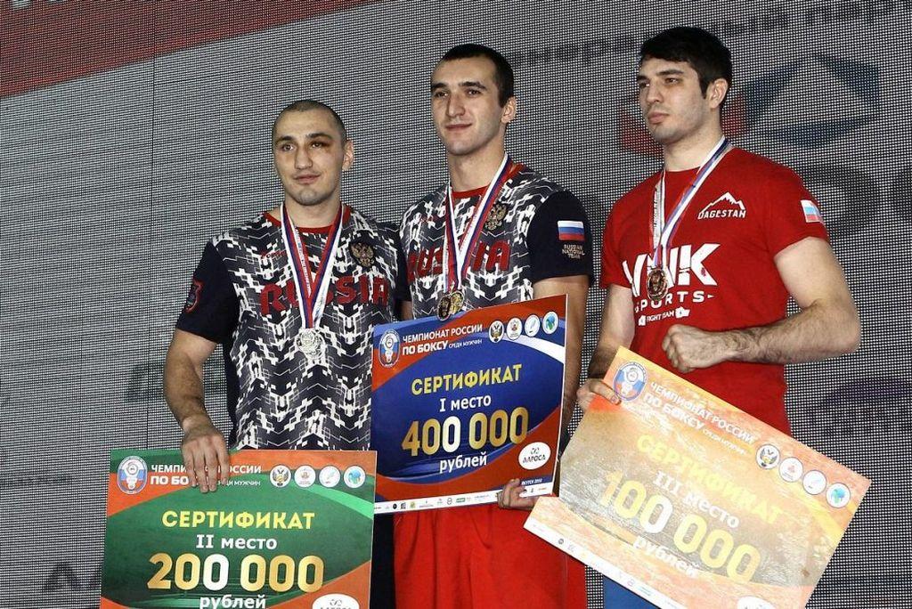 Муслим Гаджимагомедов выиграл чемпионат России по боксу