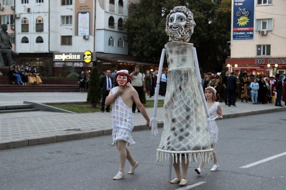 В Дагестане проходит международный театральный фестиваль (полная афиша)