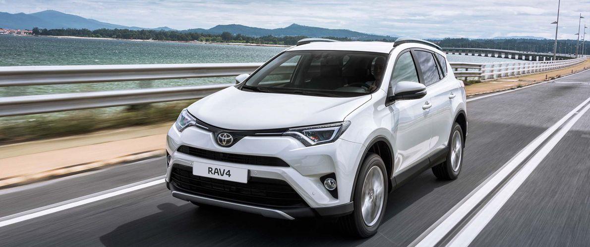 Продажи автомобилей Toyota в России выросли на 48 %