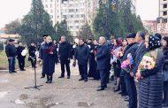 В Каспийске вспомнили жертв теракта 1996 года