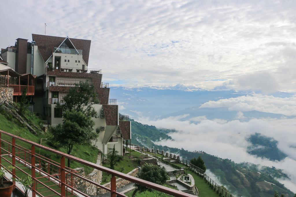 В Непале открыт бюст Расула Гамзатова