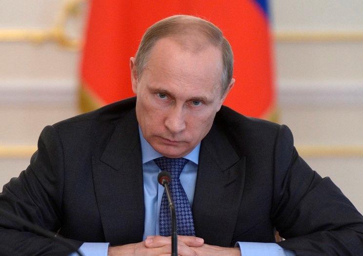 Путин поручил разобраться с воровством топлива в Дагестане