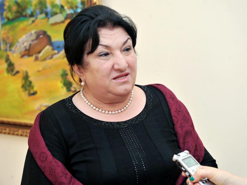 Интизар Мамутаева прокомментировала случай в ночном клубе Махачкалы