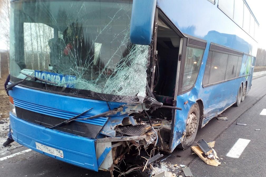 Автобус Дербент – Москва угодил в ДТП в Рязанской области