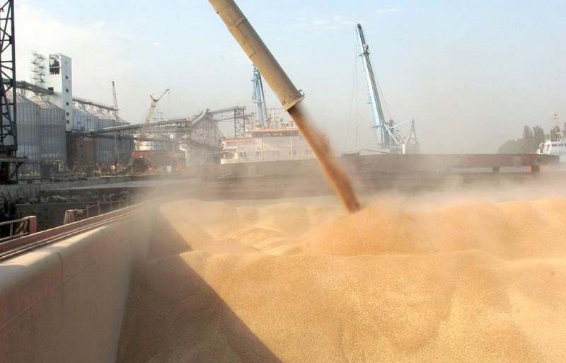 С начала года через махачкалинский порт в Иран отгружено более 300 тонн зерновых