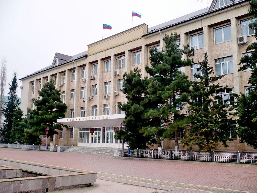 Коммунисты Избербаша нашли союзников среди единороссов и сменили главу собрания депутатов