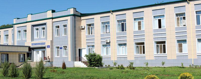 В Дагестане три больницы, перепрофилированные под ковид-стационары, возвращаются к приему плановых больных