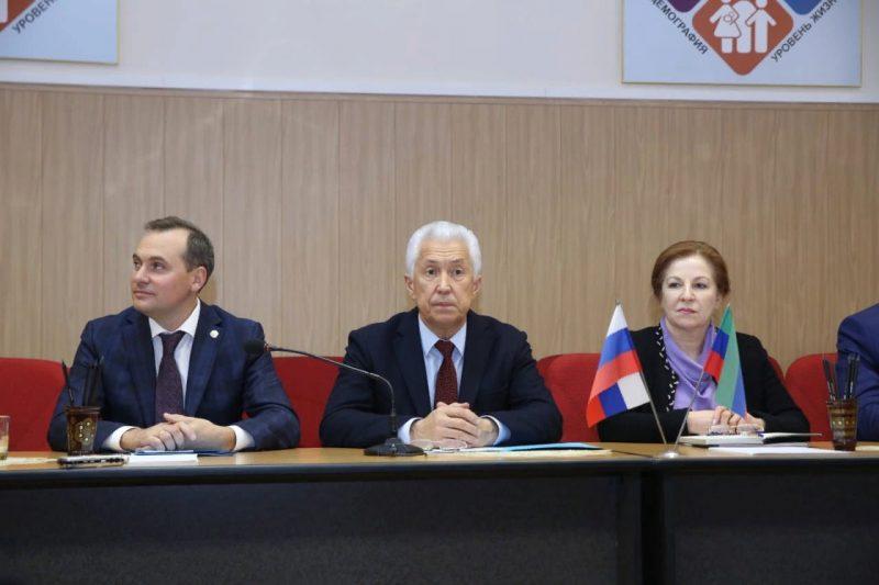 Владимир Васильев представил коллективам трех министерств новых руководителей