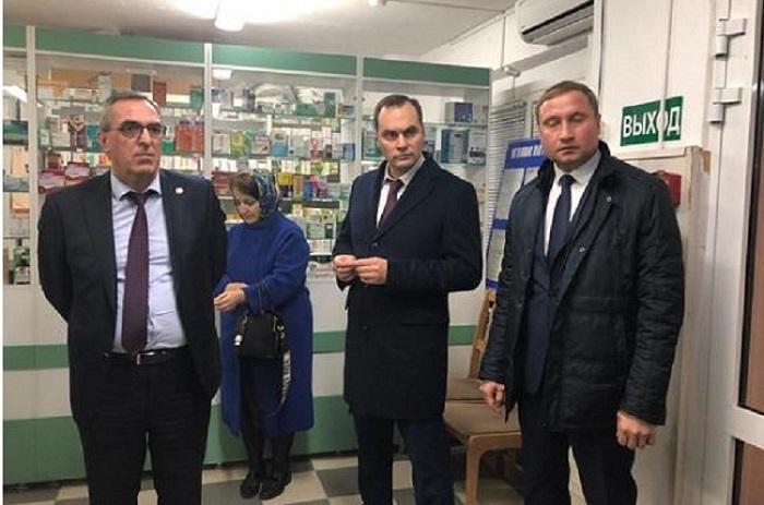 Артем Здунов проверил махачкалинские аптеки