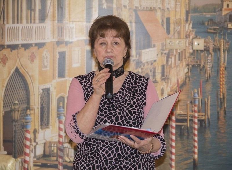 Зульфия Магомедова: Нужно воспитывать своих детей, а не клубы закрывать