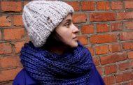 Держим голову в тепле. Модные шапки и шарфы этой зимы