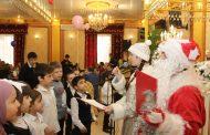 В Буйнакске состоялся новогодний концерт для детей-сирот