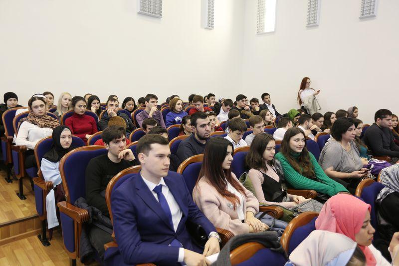 Артем Здунов и Сергей Поляков поздравили молодежь с Днем студенчества