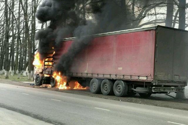 Дагестанец спас водителя из горящего грузовика