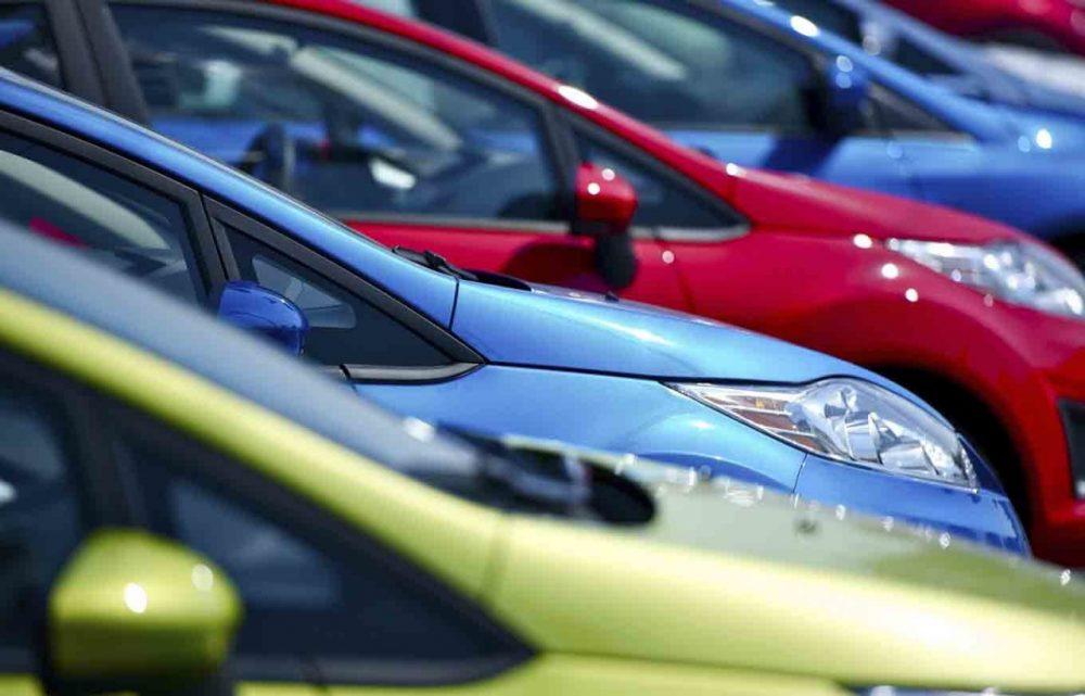 Бывшего таможенника будут судить за незаконную растаможку 90 автомобилей