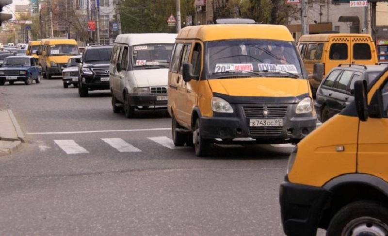 Мэрия потребовала от перевозчиков не срывать пассажирские перевозки, пригрозив санкциями