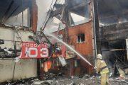 В Кизляре сгорел торговый центр (ВИДЕО)