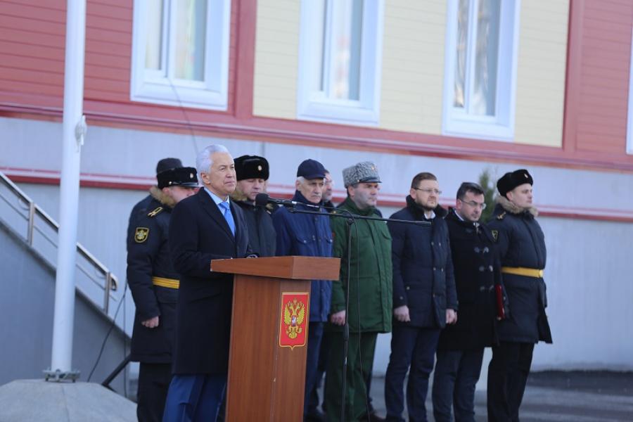 Владимир Васильев поощрил военнослужащих Каспийской флотилии