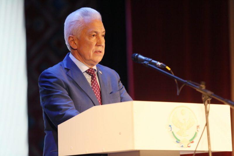 Владимир Васильев призвал театральную общественность высказаться о скандальном спектакле