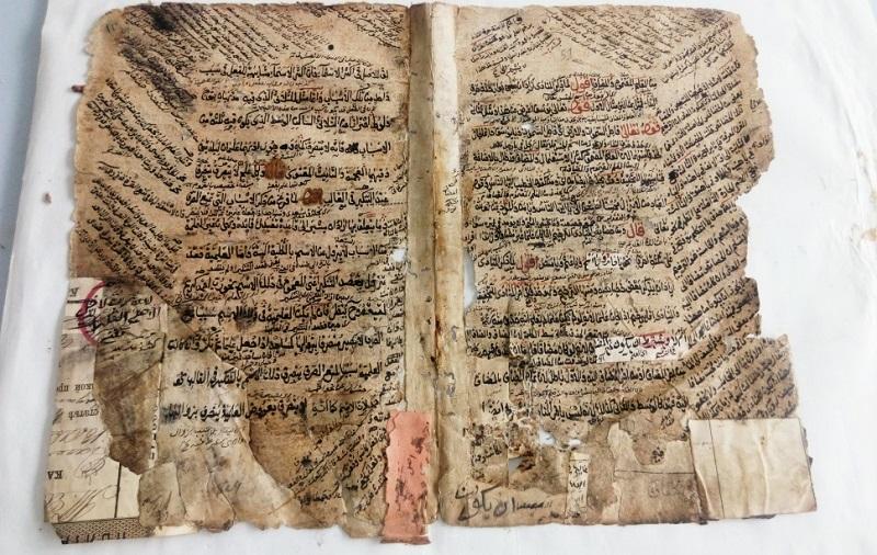 В Дагестане обнаружены семь томов Корана из коллекции Надир-шаха и Евангелие VII века