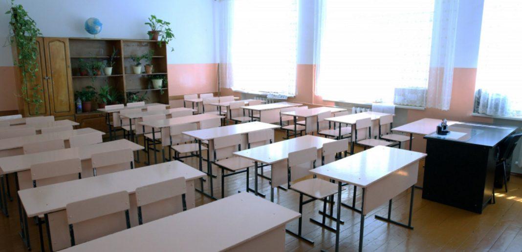 Для устранения «трехсменки» в Дагестане построят 9 школ