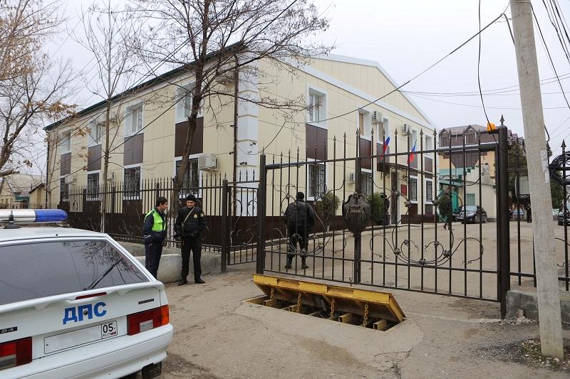 Двоюродные братья из Гоксувотара ответят в суде за убийство и сожжение трупа