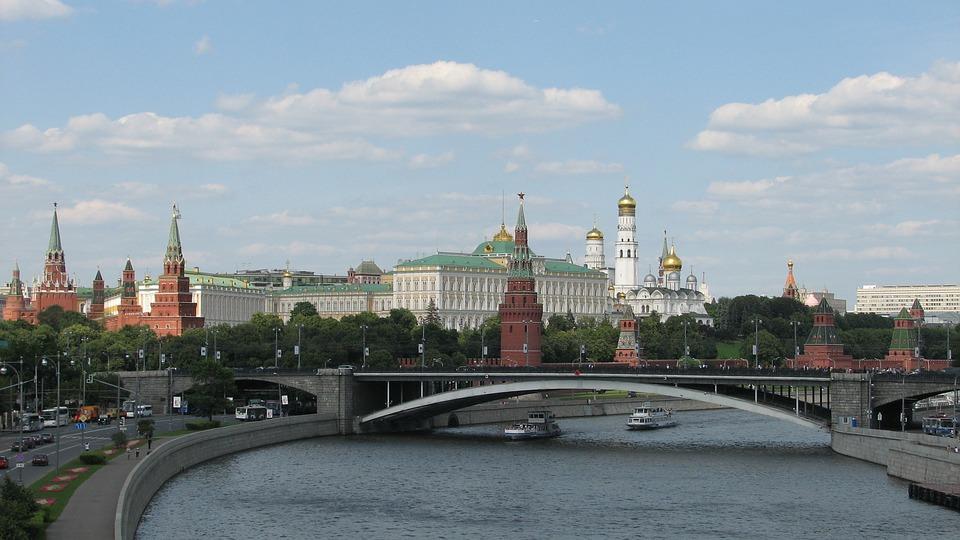 Москва. Инструкция по выживанию
