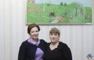 Глава минтруда Дагестана встретилась с мамой героя Малика Ахмадова