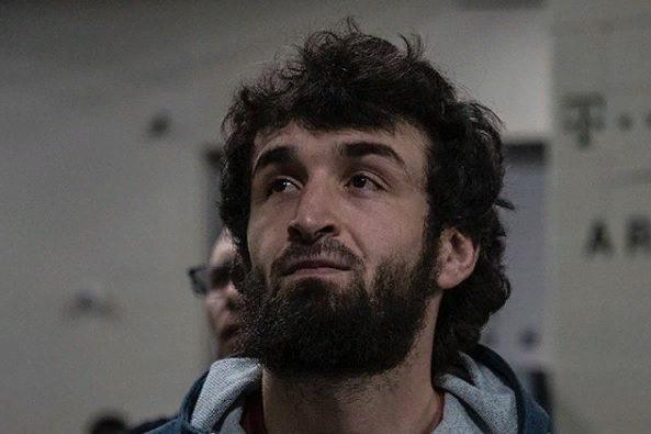 Забит Магомедшарипов выиграл свой пятый бой в UFC