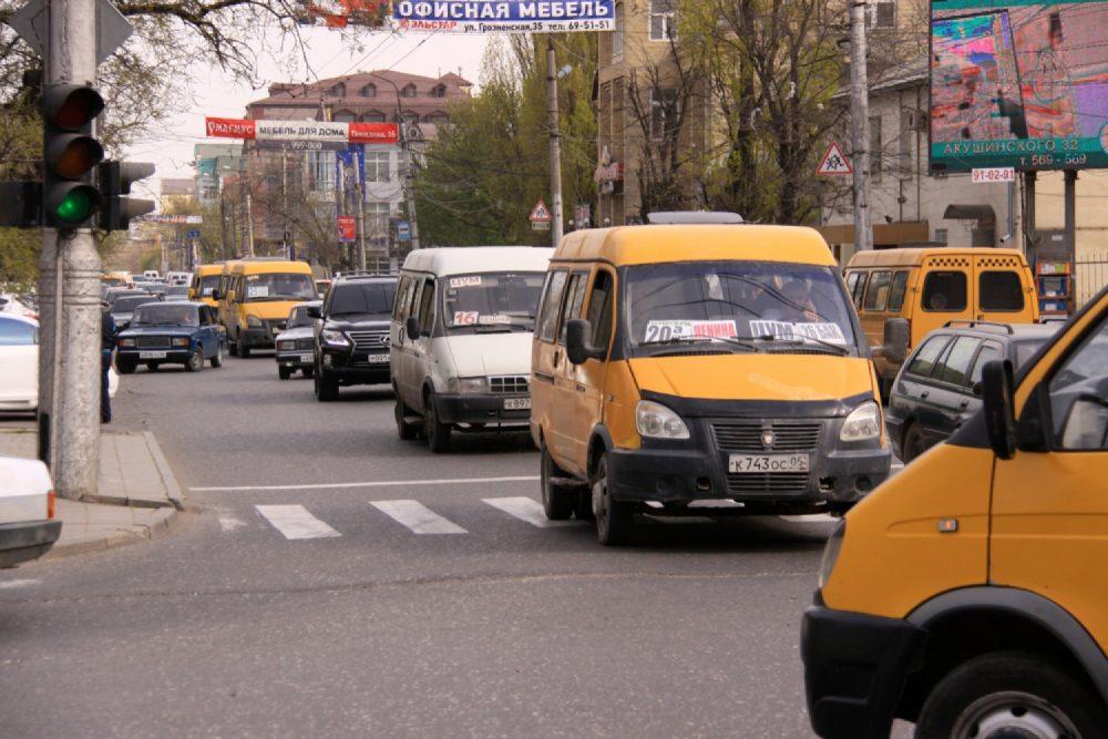 УФАС отложило на апрель дело о повышении цены за проезд в Махачкале