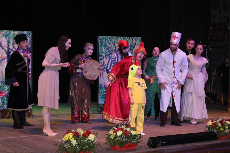 В Дагестане отметили День театра
