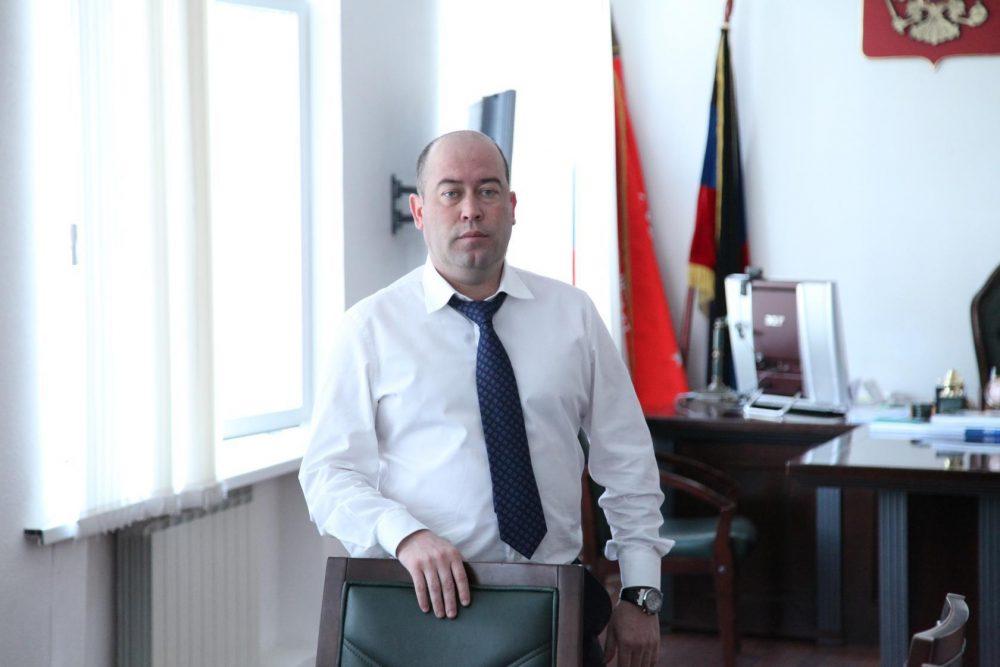 Силовики задержали главу Бабаюртовского района