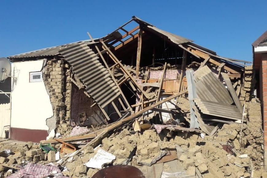 Трое взрослых и трое детей пострадали при взрыве газа в Хасавюрте