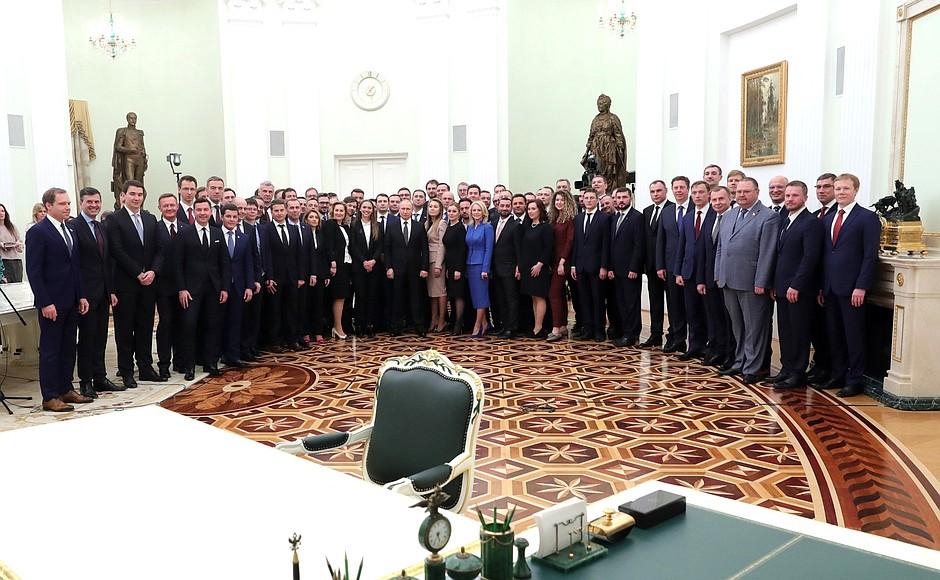 Владимир Иванов принял участие во встрече «школы губернаторов» с Владимиром Путиным
