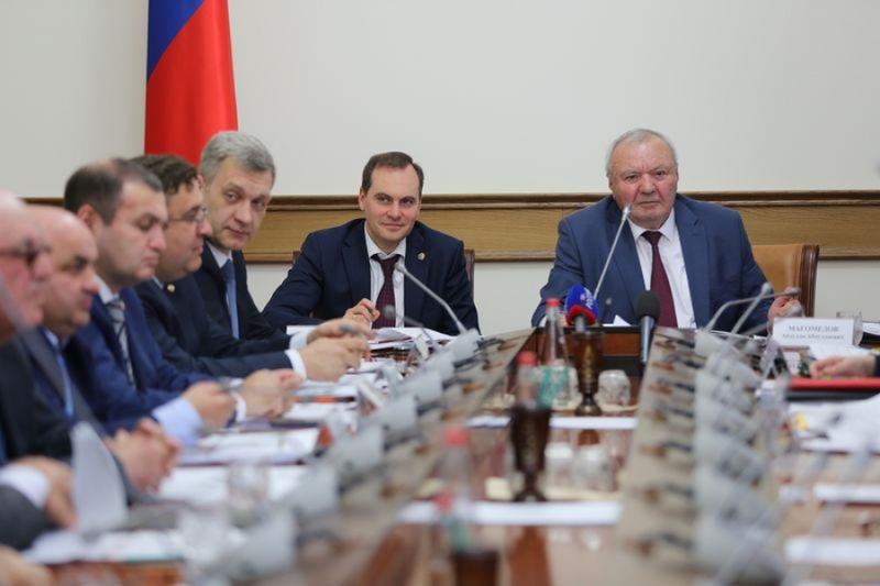 В Совете старейшин обсудили социально-экономическое развитие Ногайского района