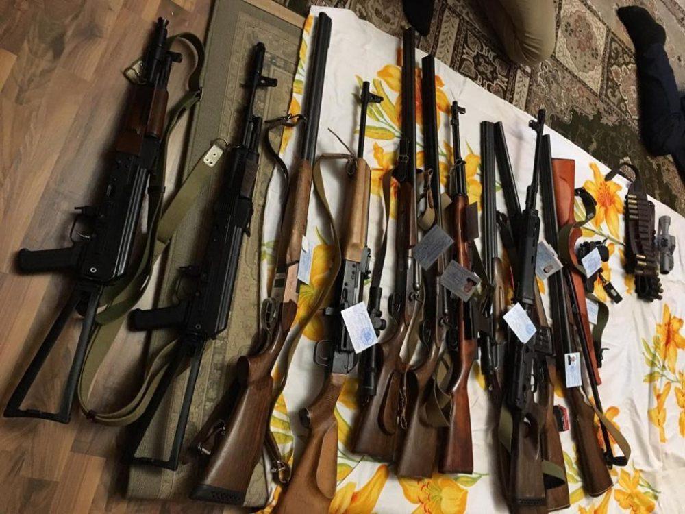 В доме жителя села Утамыш найдены тайники с оружием