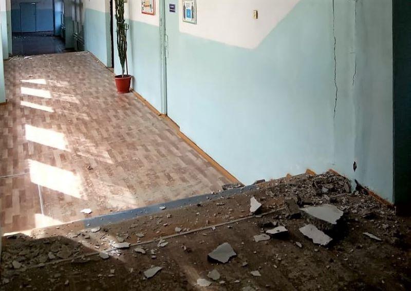 В Халимбекауле от землетрясения пострадали 20 домов. В Буйнакске – шесть школ и детский сад (ФОТО)