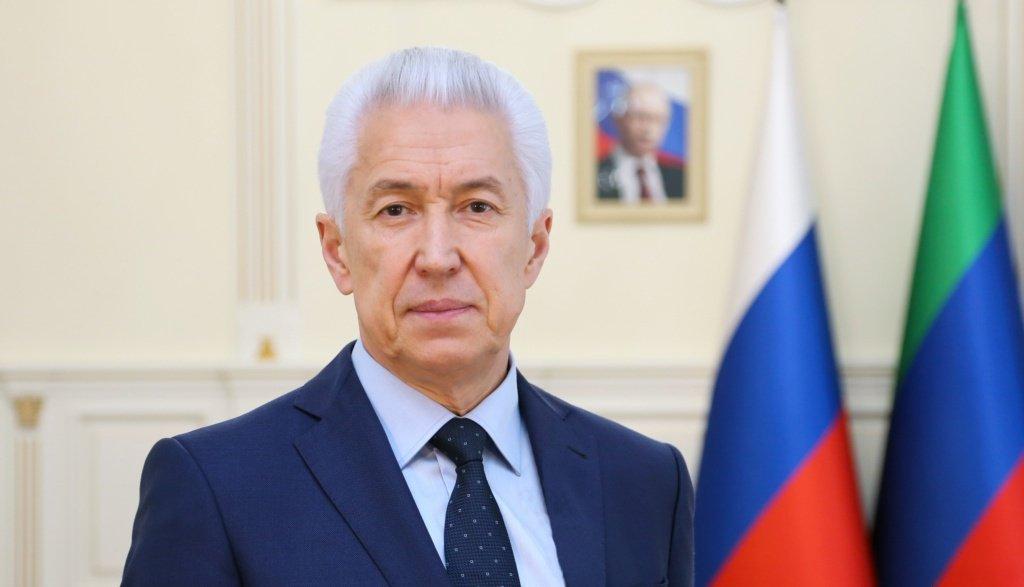 Владимир Васильев поздравил дагестанцев с Днем труда