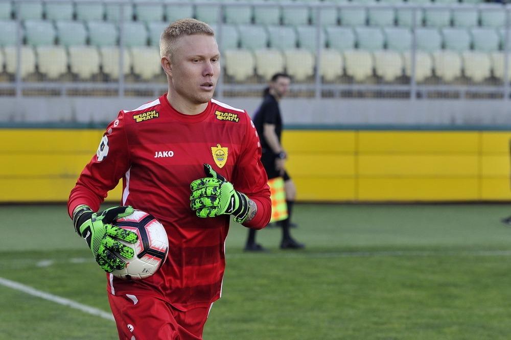 Вратарь «Анжи» Юрий Дюпин перешел в казанский «Рубин»