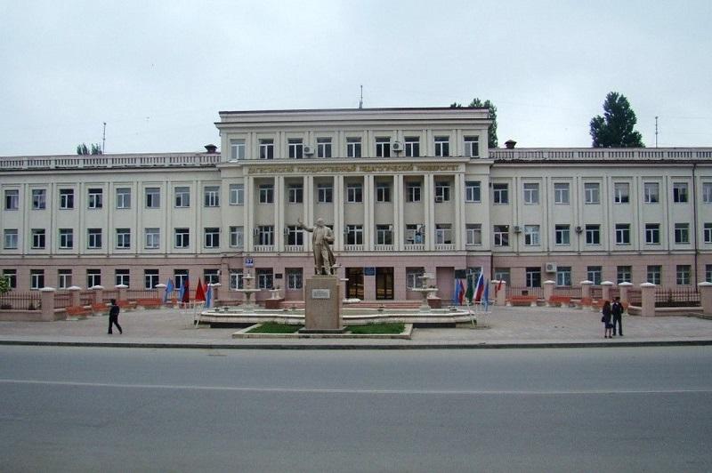 Силовики проводят выемку документов в ДГПУ