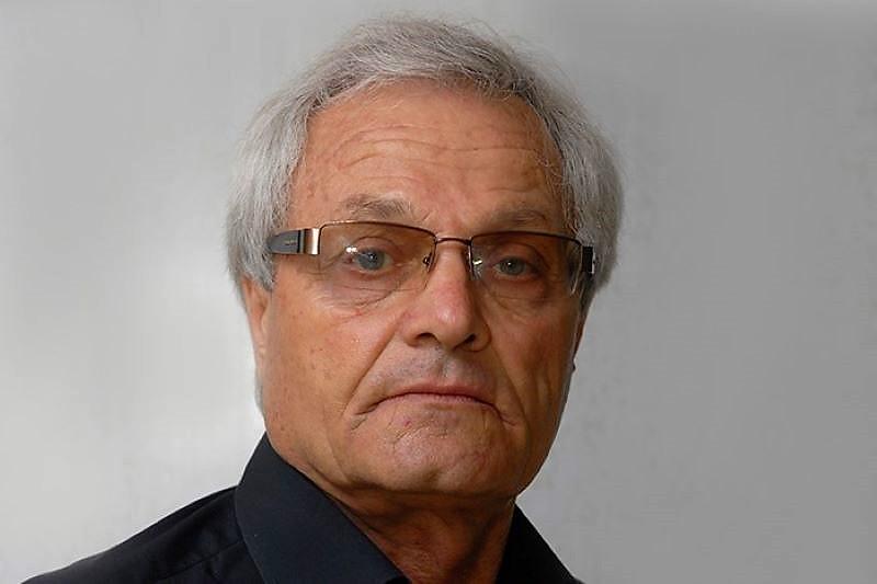 Ушел из жизни дагестанский футбольный тренер Рафаэль Сафаров