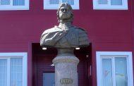 В Махачкале открыт еще один памятник Петру Первому