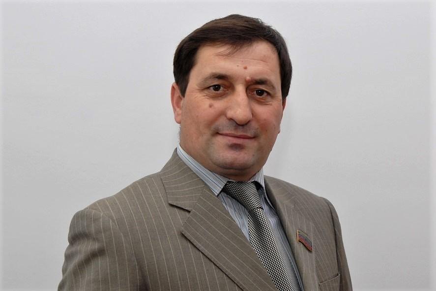 Продлен срок ареста депутата Фикрета Раджабова
