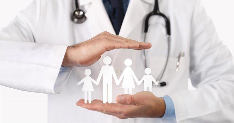 В комиссию по распределению финансирования ОМС входят врачи