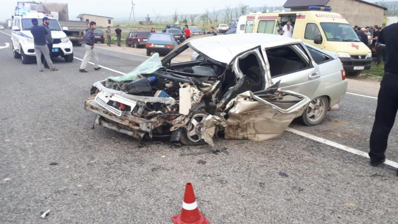 Шесть человек пострадали в двух ДТП в Дагестане