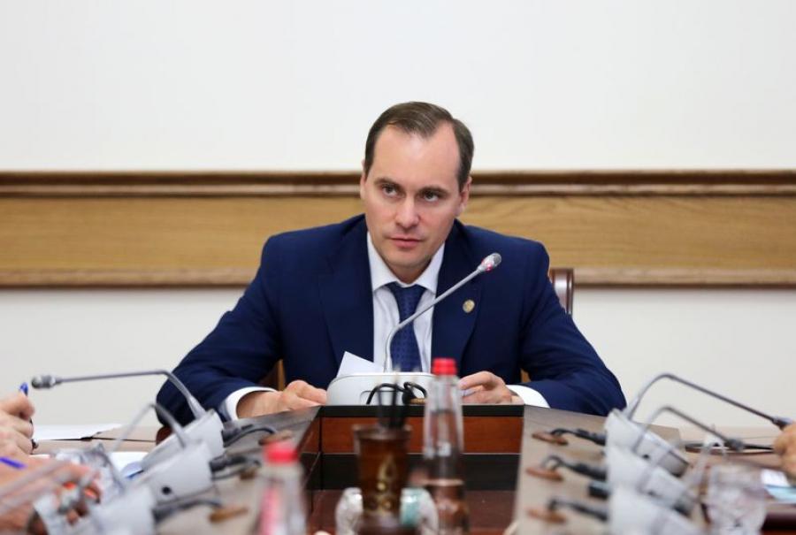 Артем Здунов обсудил развитие промышленности Дагестана