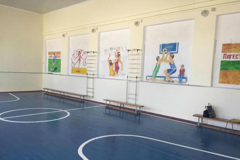 В сельской школе Буйнакского района отремонтировали спортзал